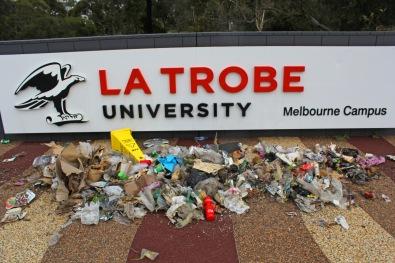 Latrobe Uni Trash Front View 2